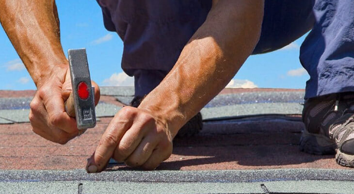 5 Points To Include In Your Roof Maintenance Checklist