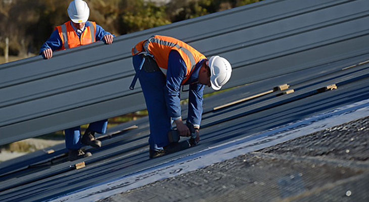 How Professional Roofing Experts Help Protect Your Roof