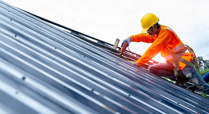 Safety Precautions To Take When Walking On Metal Roofs