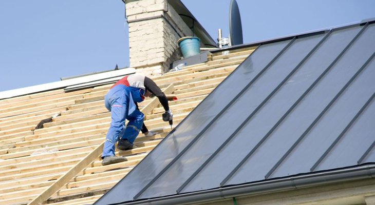 Weighing The Pros And Cons Of Metal Roofs